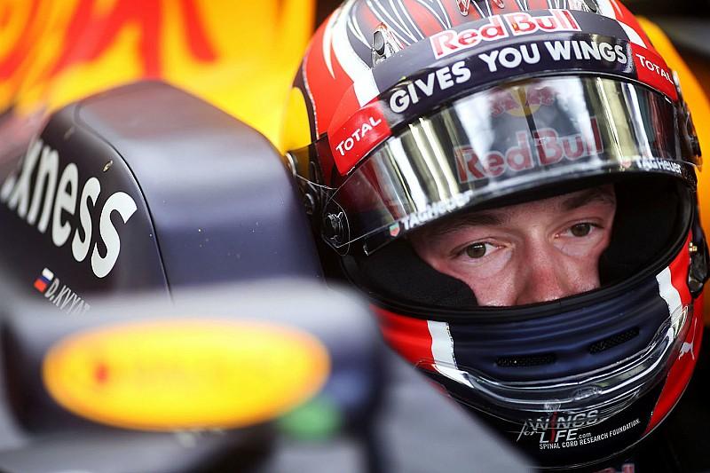 Kvyat consigue recuperar su confianza, dice Red Bull