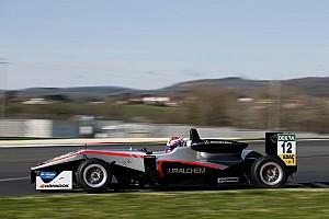 F3-Euro Reporte de calificación Hungaroring F3: Russell bate al trío Prema en la primera clasificación