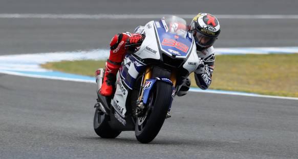 Jerez'de Lorenzo, Pedrosa kapışmasının galibi Lorenzo oldu