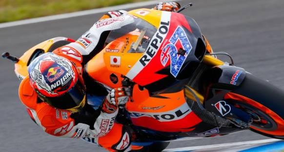 Stoner, Jerez'deki testlerin ilk gününde lider