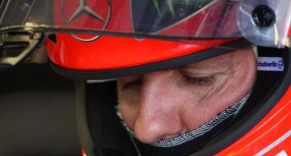 FIA'dan Schumi'ye uyarı cezası