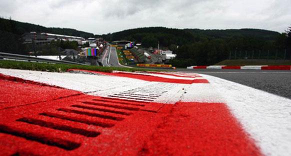 Massa'dan FIA'nın DRS kararına destek