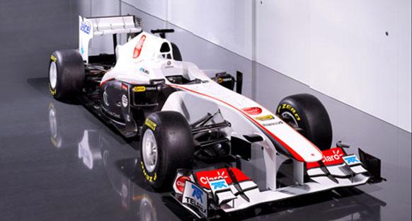Sauber, C30'un örtüsünü kaldırdı