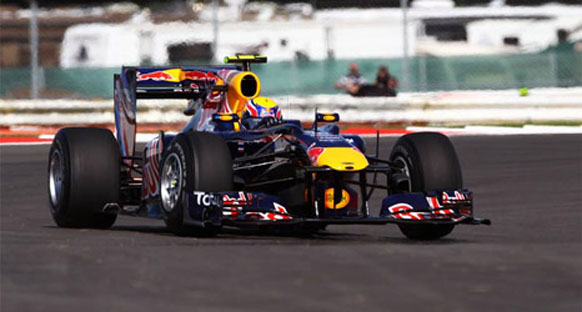 Webber, Red Bull'dan ayrılmayı düşünmüyor
