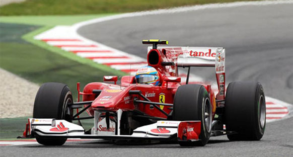 Alonso: 'Zor yarışlar Ferrari'yi ateşledi'