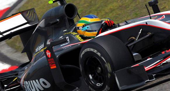 Senna durumdan pek memnun değil