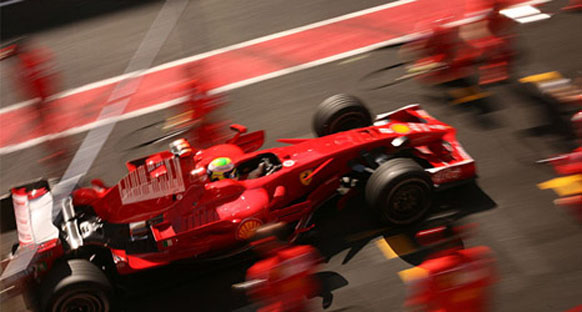 Ferrari'nin ayakları yere basıyor