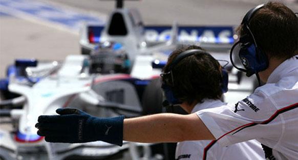 Heidfeld McLaren yüzünden 'kaçan üçüncülüğe' yanıyor