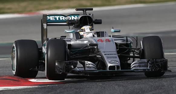 Hamilton, 'Daha ağır F1 araçlarına doğru gitmek saçmalık'