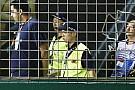 Singapur GP'de piste giren çılgın vatandaş tutuklandı