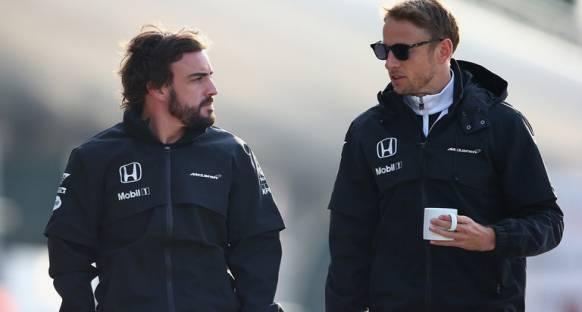 Alonso: Button'ın takımda kalması iyi olur