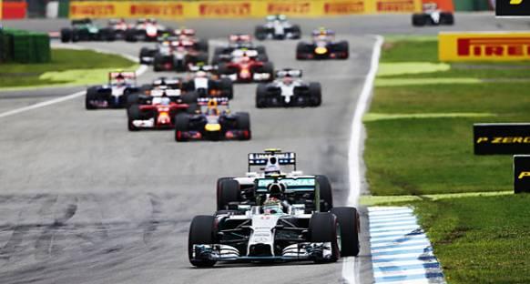 Formula 1'de planlanan 2016 değişiklikleri ertelendi