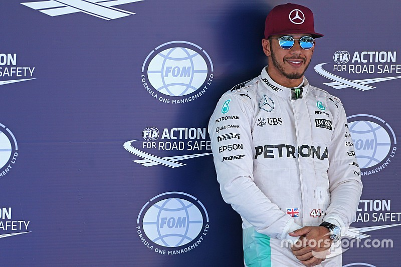 """Hamilton: """"Para mí han sido tres poles de tres"""""""