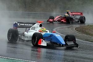 Formula V8 3.5 Résumé de course C2 - Dillmann en tête-à-queue, Vaxiviere s'impose