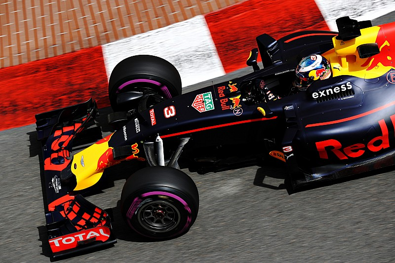 "La mejora del motor Renault, ""sorprendente"", según Prost"