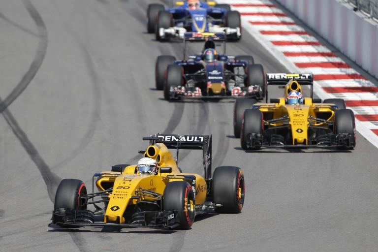 A Renault már keresi azt a pilótát, aki pár éven belül bajnok lehet velük az F1-ben