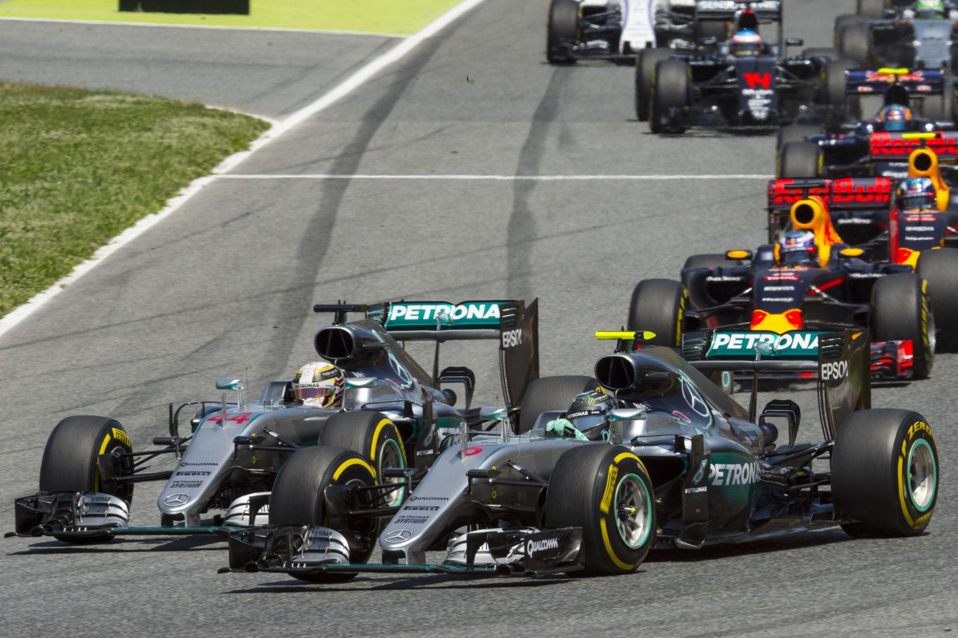 Rosberg Hamilton arcába csapta az ajtót Spanyolországban – újra meg fog történni