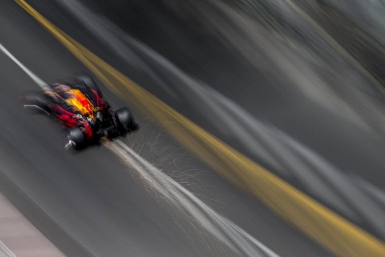 Ricciardo semmi mást sem akar, csak elhúzni a fenébe