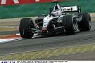 Raikkönen a 2004-es McLaren-Mercedesszel Kínában: V10