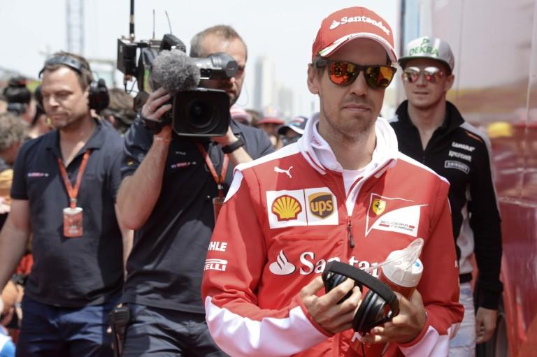 Vettel nem bír magával, Kvyatot hibáztatja, de az orosz tudja, nem csinált rosszat