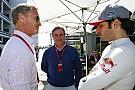 Toro Rosso: Verstappen boldog, Sainz dühös Kvyatra