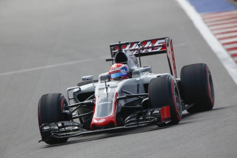 A Haas Szocsiban ismét teljesen esélytelen, de azért okoskodnak egy kicsit holnapra...