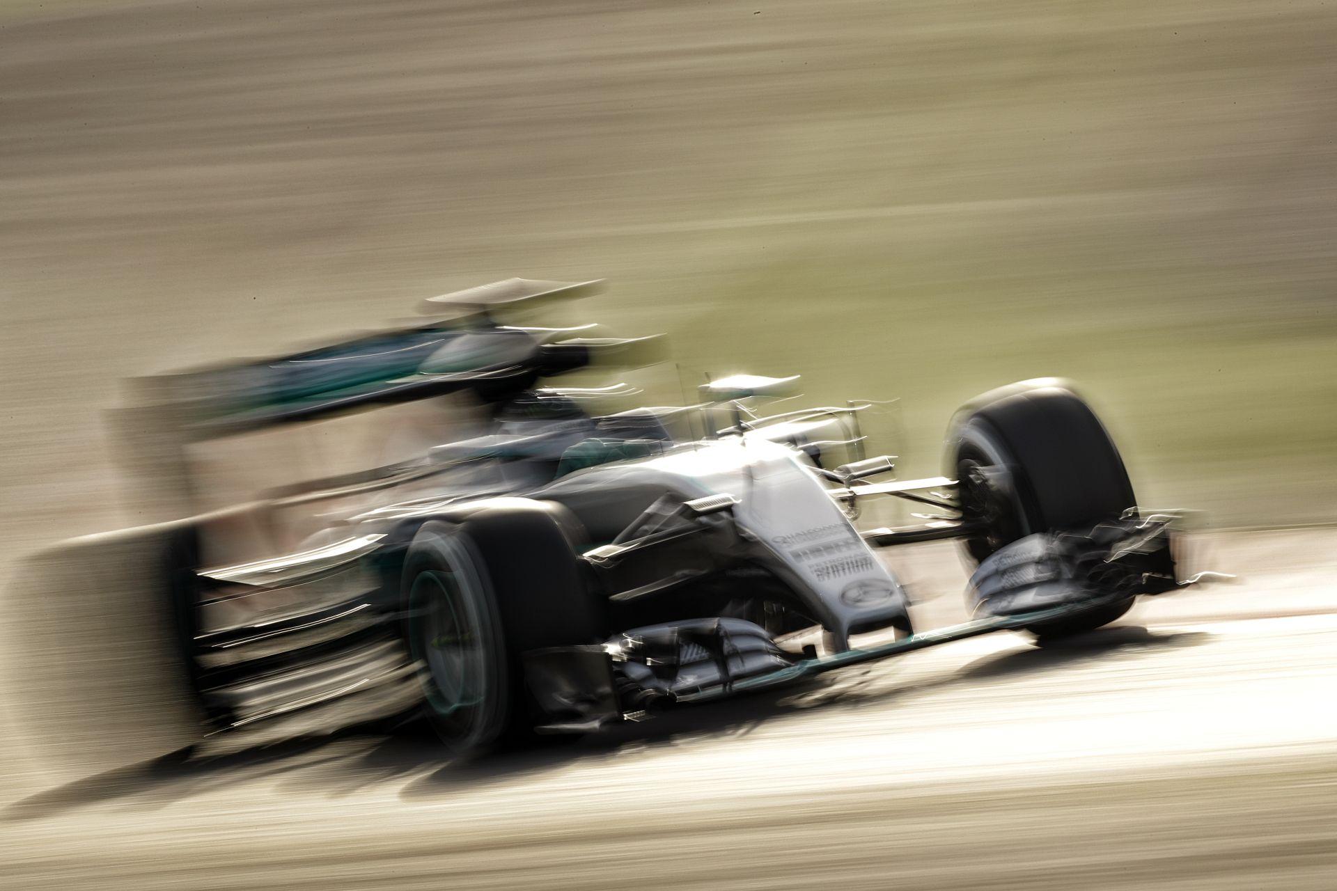 Rosberg nyerte az 5. tesztnapot Barcelonában Bottas és Alonso előtt: Raikkönen alatt megint megkotlott a Ferrari