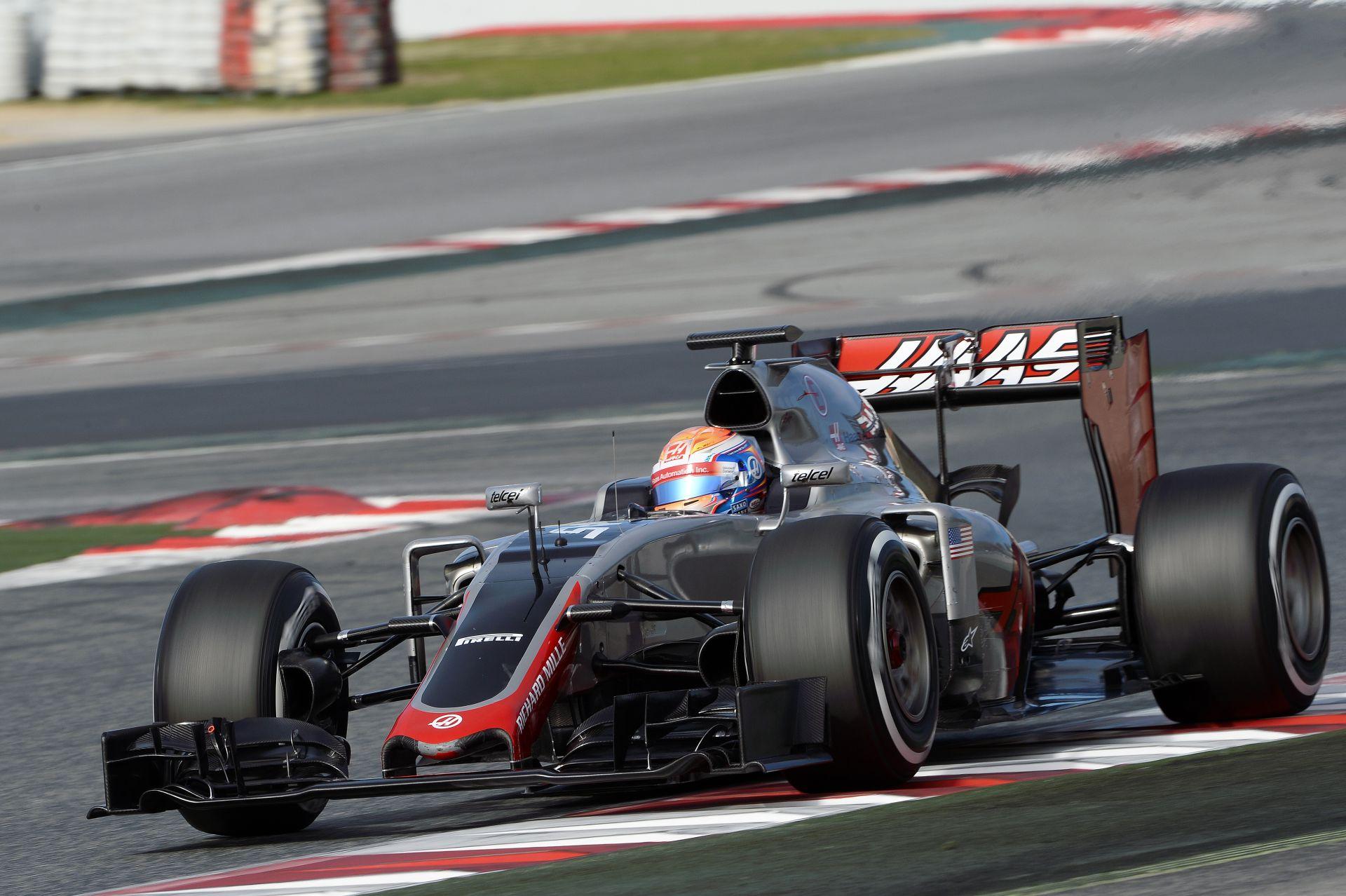 Videóra vették Grosjean nagy elszállását a Haas versenygépével