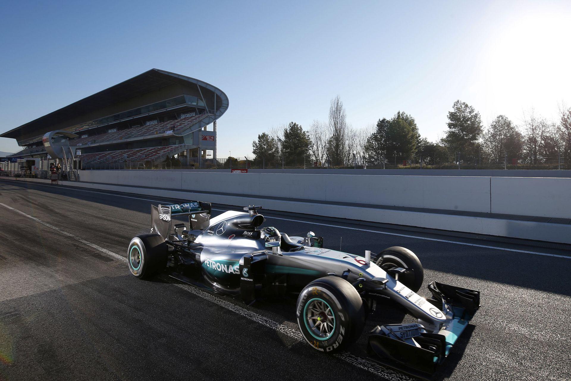 Több, mint 6000 kilométert tesztelt a Mercedes: hihetetlen számok a csapatnál