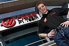 17 éves versenyzőt igazolt a Haas F1 Team fejlesztői szerepre!