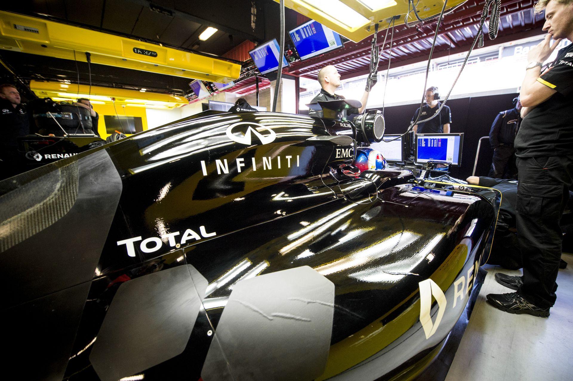 Még mindig csak 470 alkalmazottja van a gyári Renault-nak a Forma-1-ben
