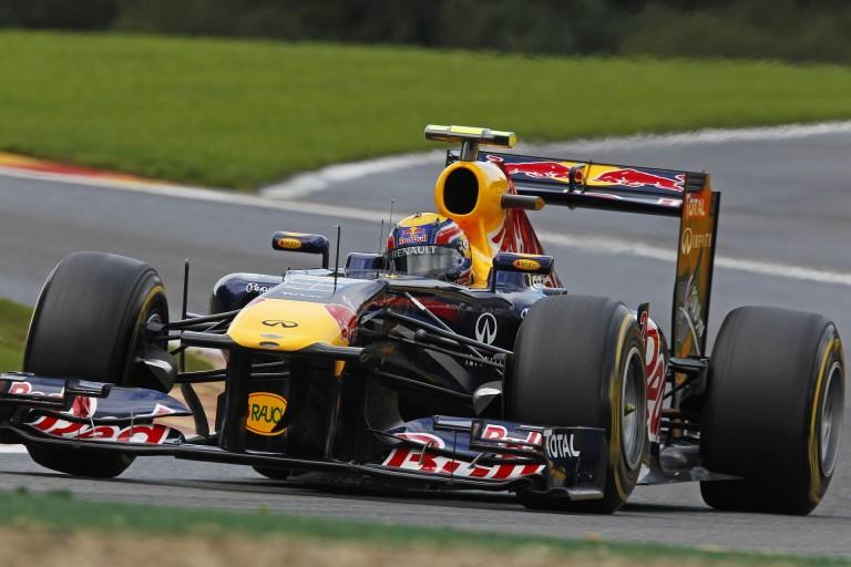 Webber egészen elképesztő előzése Alonso ellen Spa-Francorchampsban