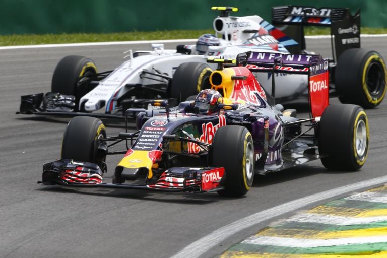 Nem is csak a Red Bull és a McLaren tehet az új időmérő maradásáról - még két csapat hibáztatható!