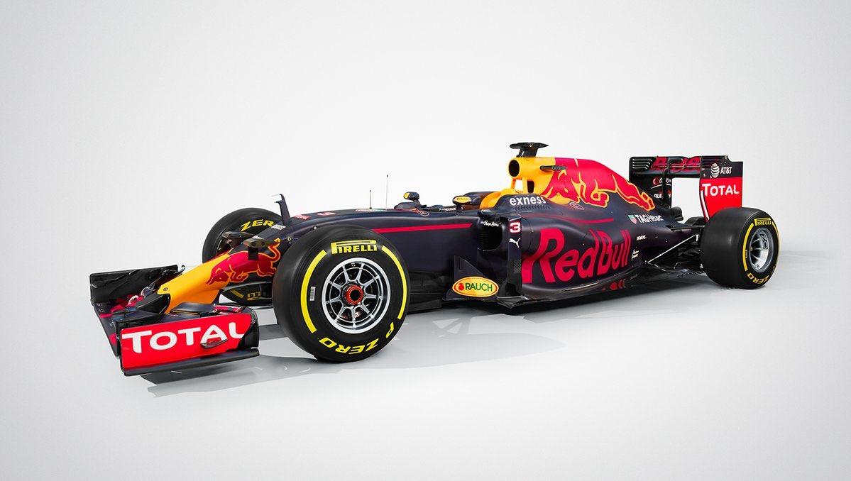 Itt a 2016-os Red Bull: Ricciardo és Kvyat új F1-es gépe
