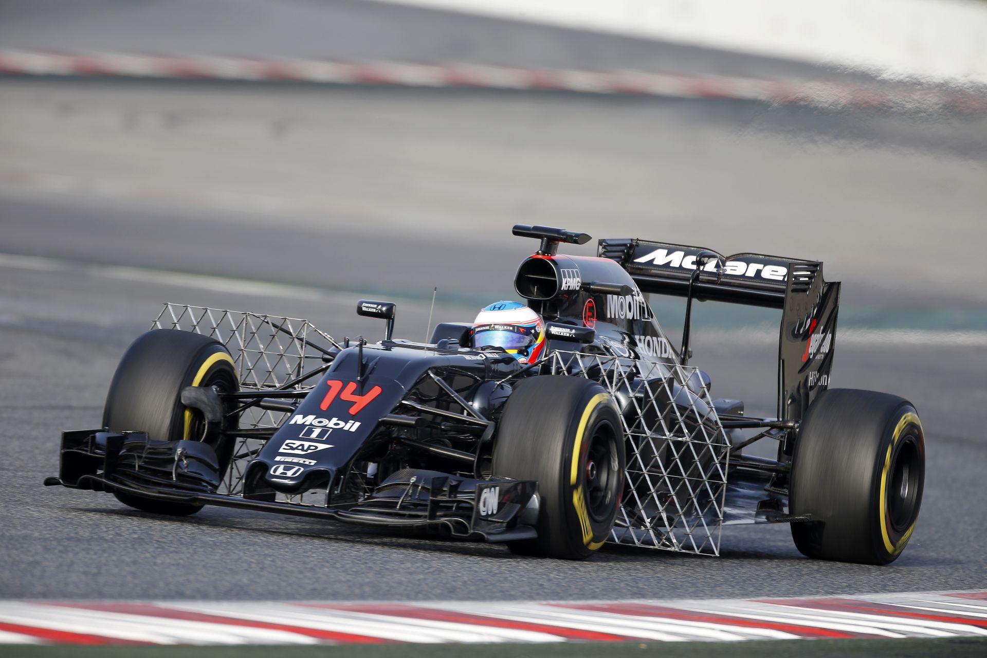 A 2017-es autóról csak egy hónap múlva döntenek, de a McLaren ötlete lehet a befutó!