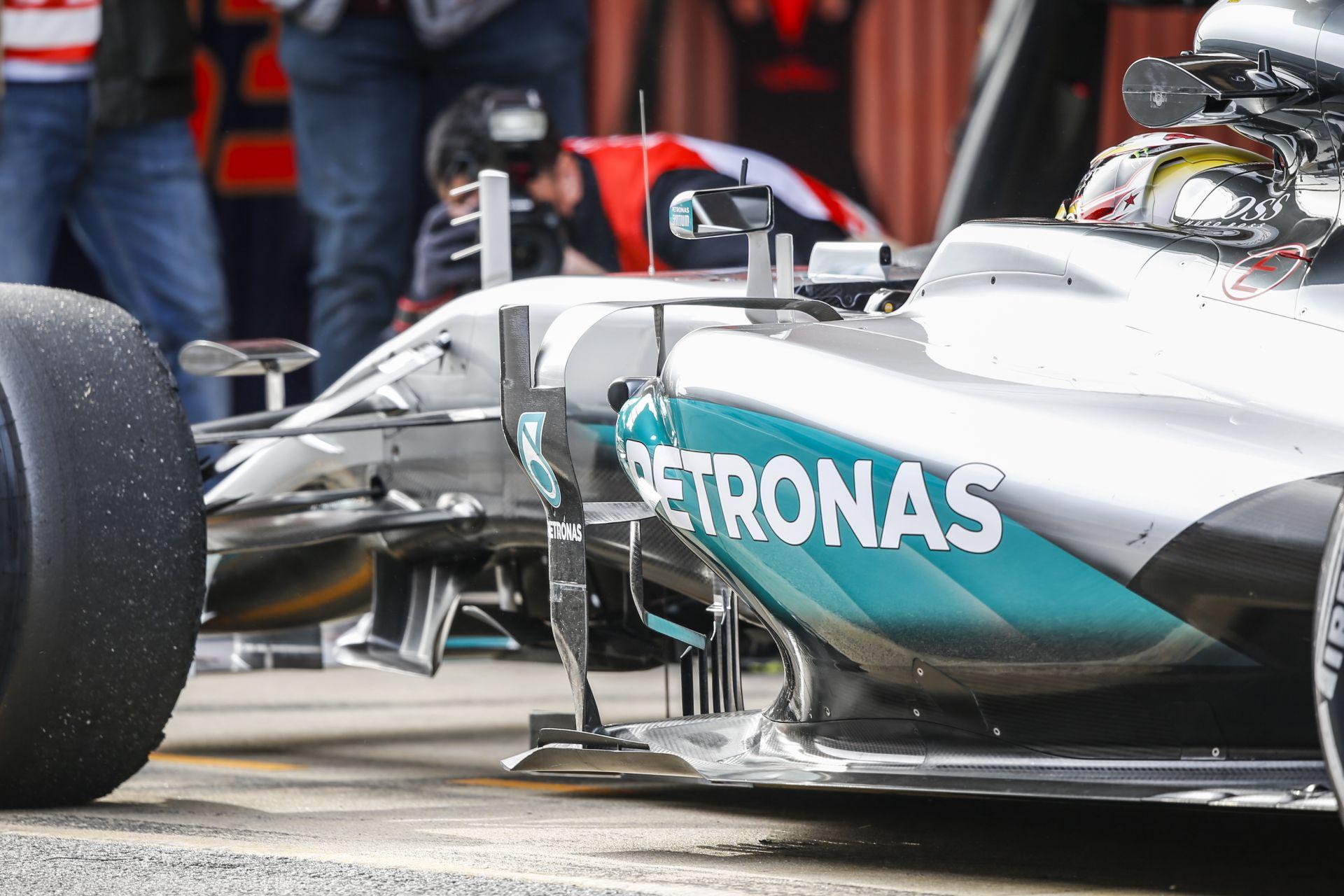 Újabb remek videós felvételek érkeztek az F1-es tesztről: 3. tesztnap