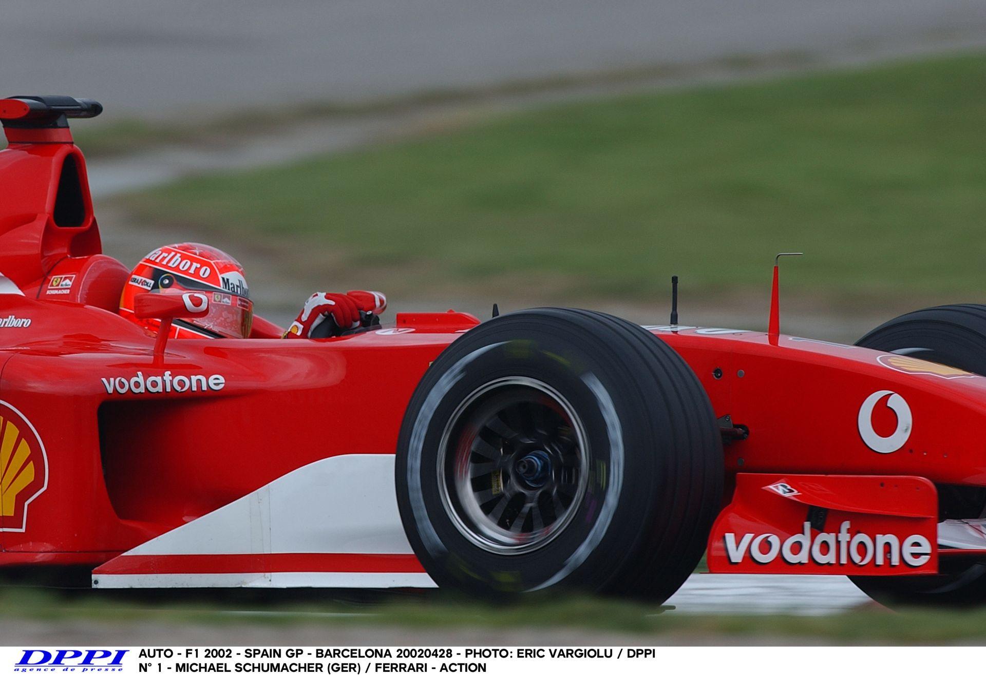 Schumacher 2002-es pole köre a Ferrarival Barcelonában