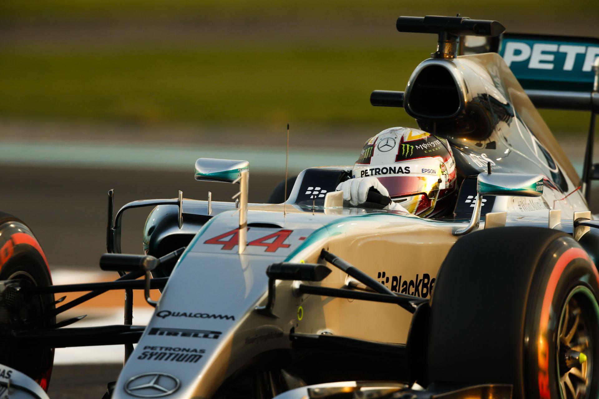 Hamilton szerint idén is könnyedén megnyerik a bajnokságot a Mercedesszel