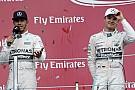 Videón, ahogy Hamilton és Rosberg