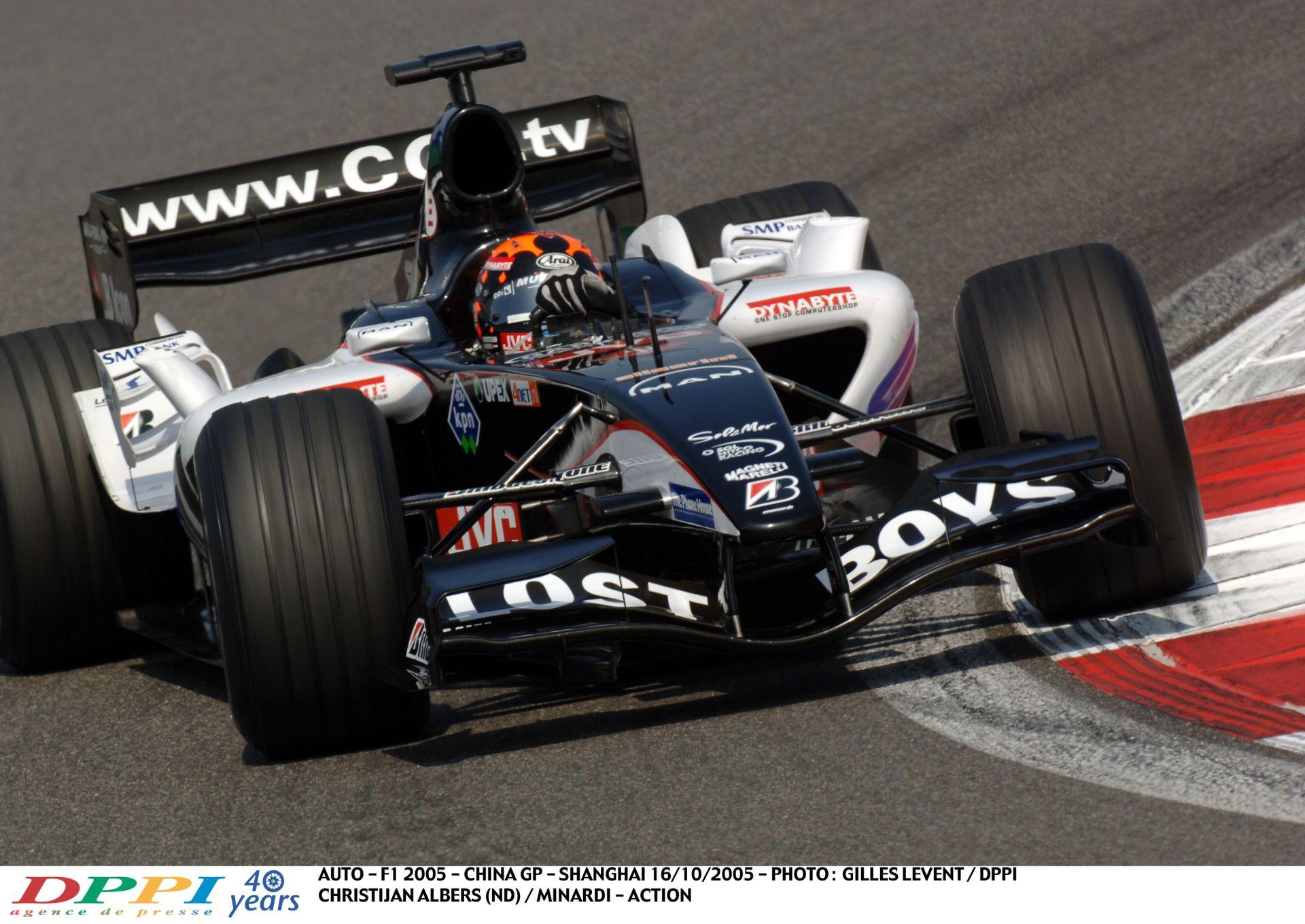 Egy hajtós, küzdős kör a V10-es Minardival: 2005, Brazília