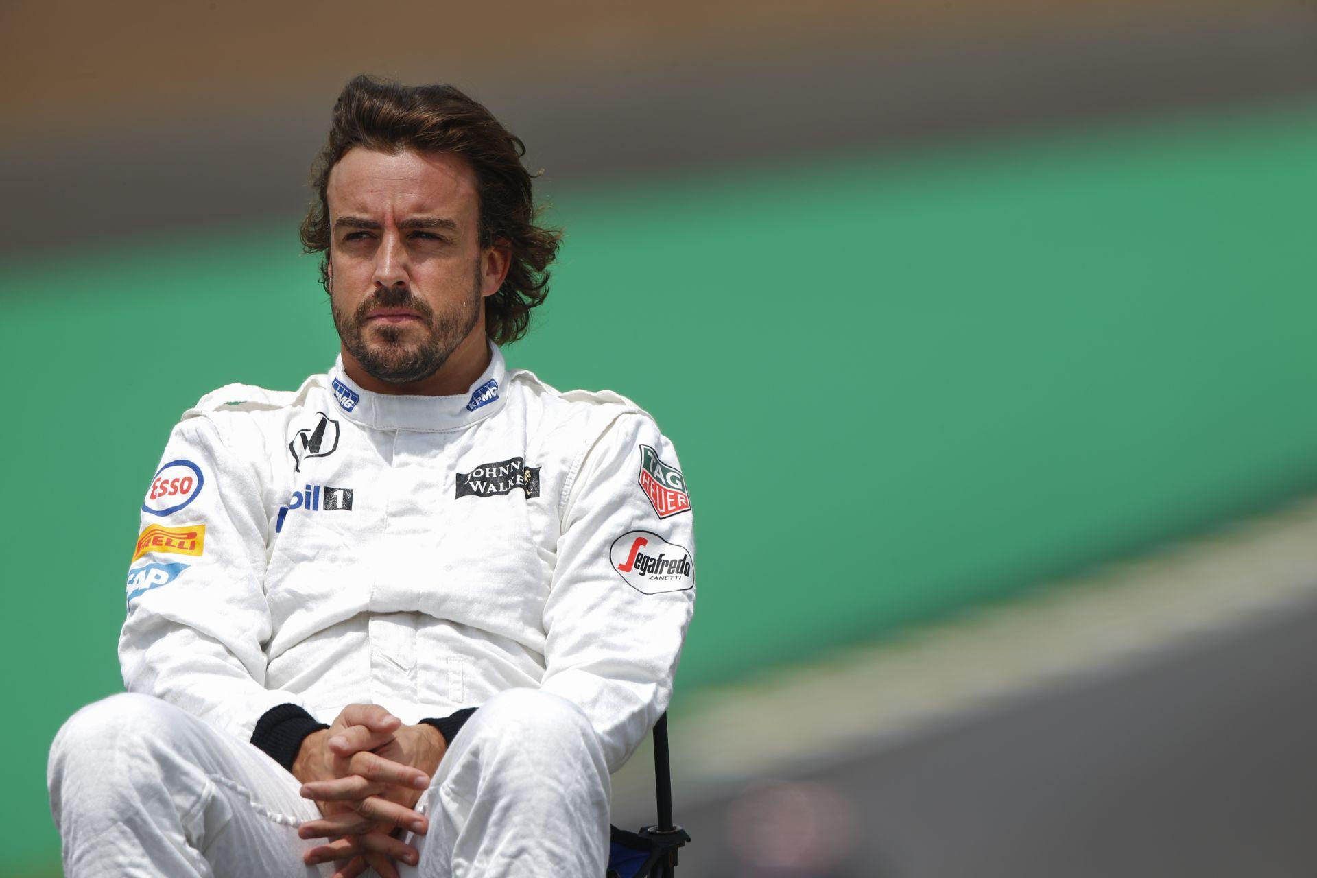 Amikor Alonso hirtelen beköszön Budapesten, a semmiből