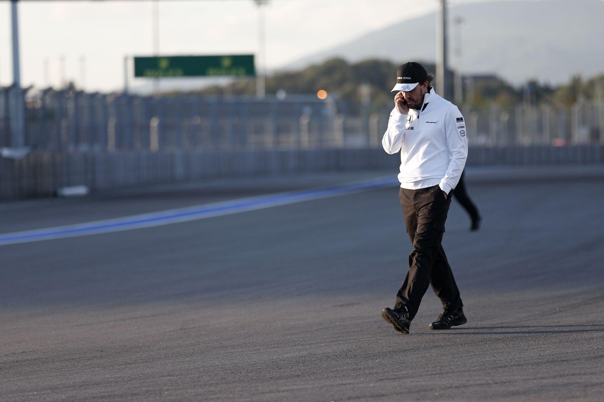 Alonso szerint repülőgép-hajtómű sem segítene a Manoron