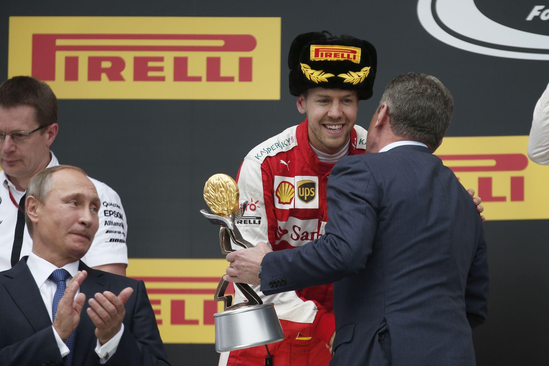 """Hamilton és Vettel mintha félt volna Putyintól: """"Lewis, nézd csak, hogy kié lett a leggyorsabb kör"""""""