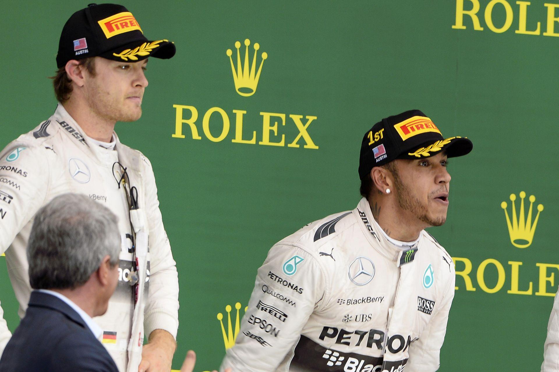 Hamilton nem hitte, hogy ekkora felhajtás lesz a sapkás jelentből - neki semmit sem jelentett!