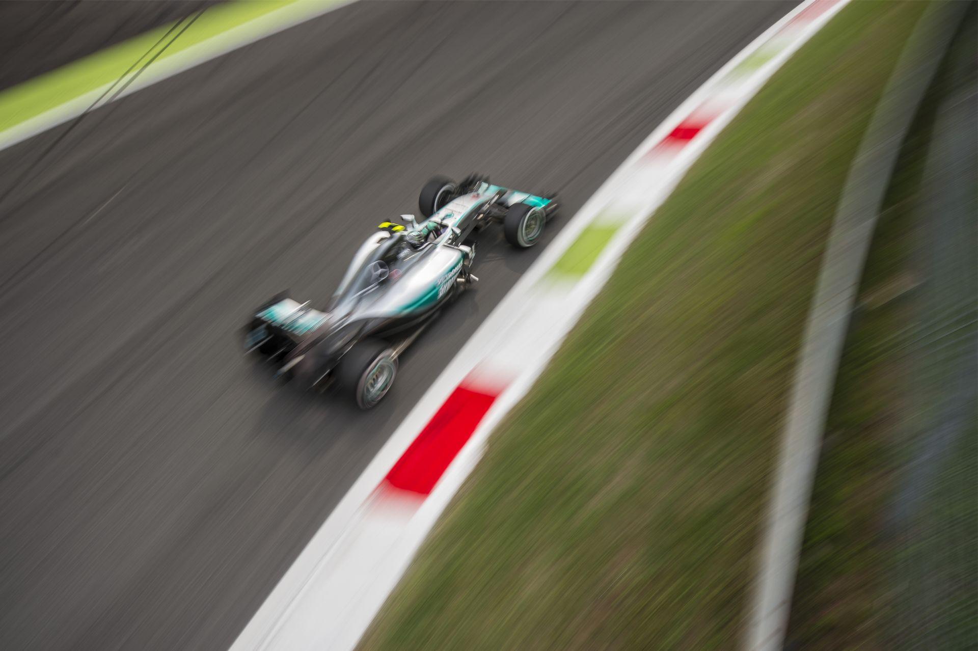Rosberg: Kiábrándító, hogy pont Monzában kell beérnem egy lassabb motorral