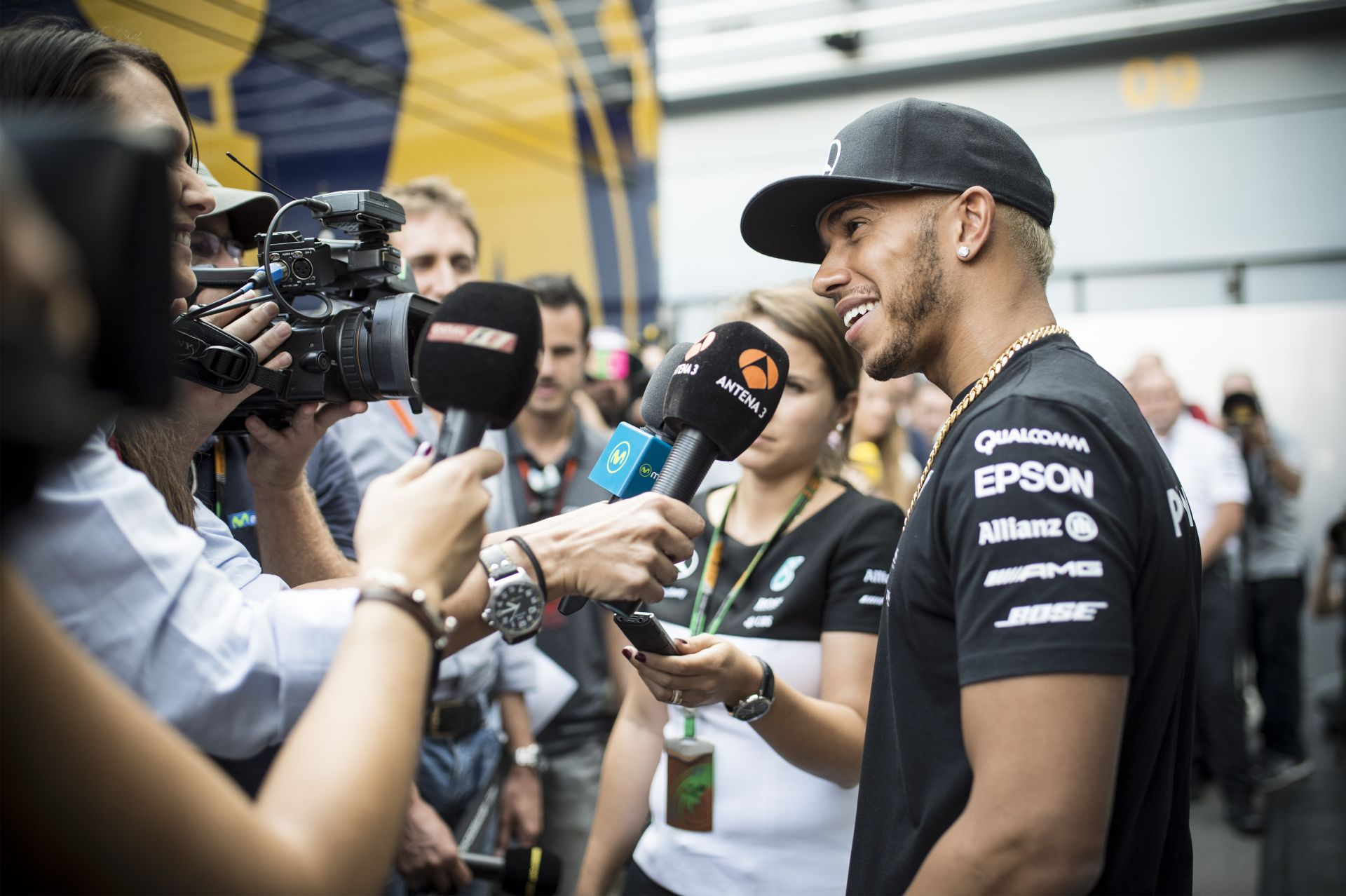 Ecclestone szerint Hamilton átesett a ló túloldalára: Lewis túl messzire ment…
