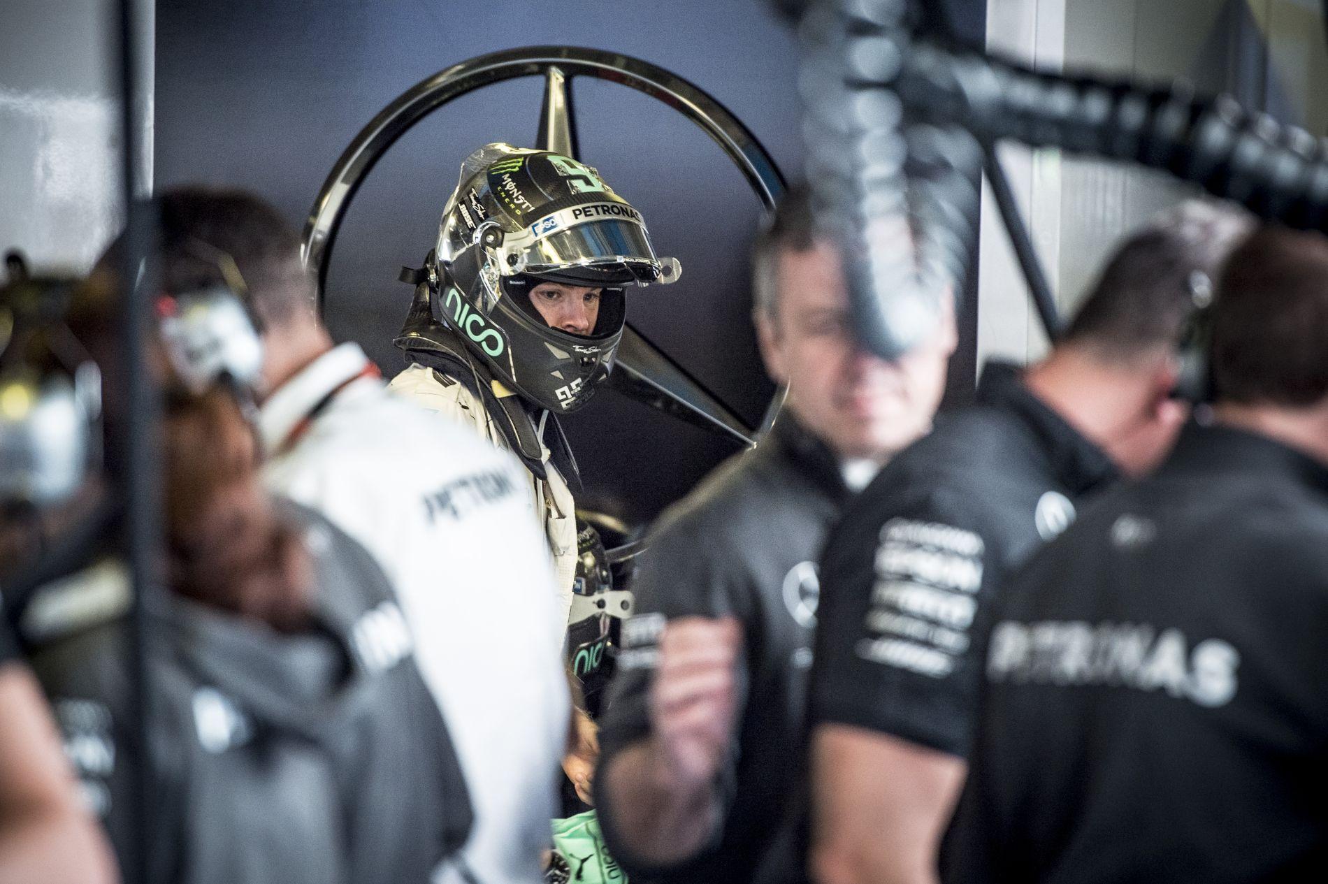 Rosberg új motort kap Szingapúrra, ez a negyedik V6-os