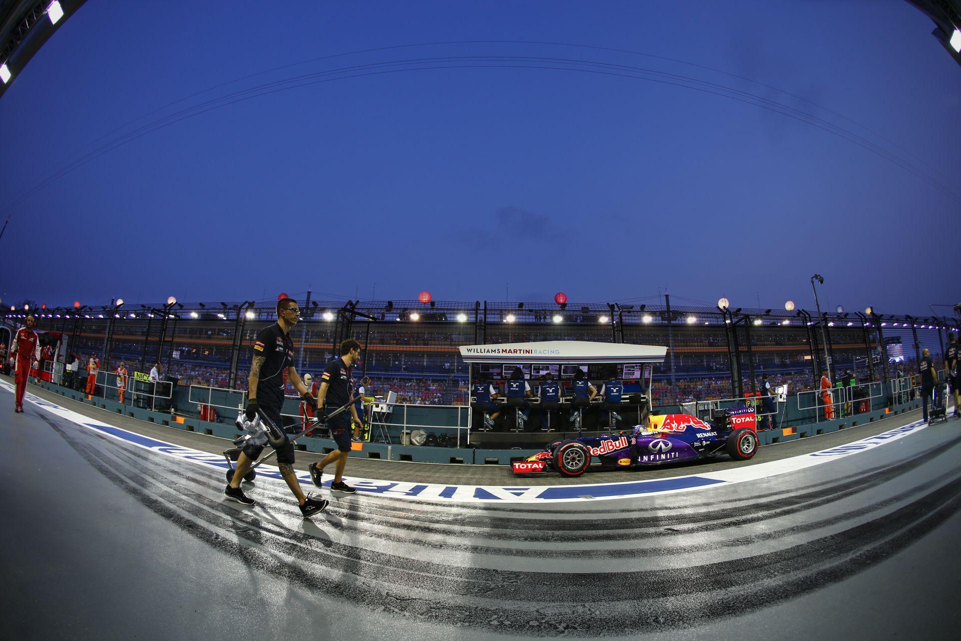 Red Bull: Japánban már minden visszatér a régi kerékvágásba! Érthetetlen, ami a Mercedessel történt...