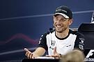 A McLaren mindent megtesz azért, hogy Jenson Button maradjon, de a világbajnok menni akar