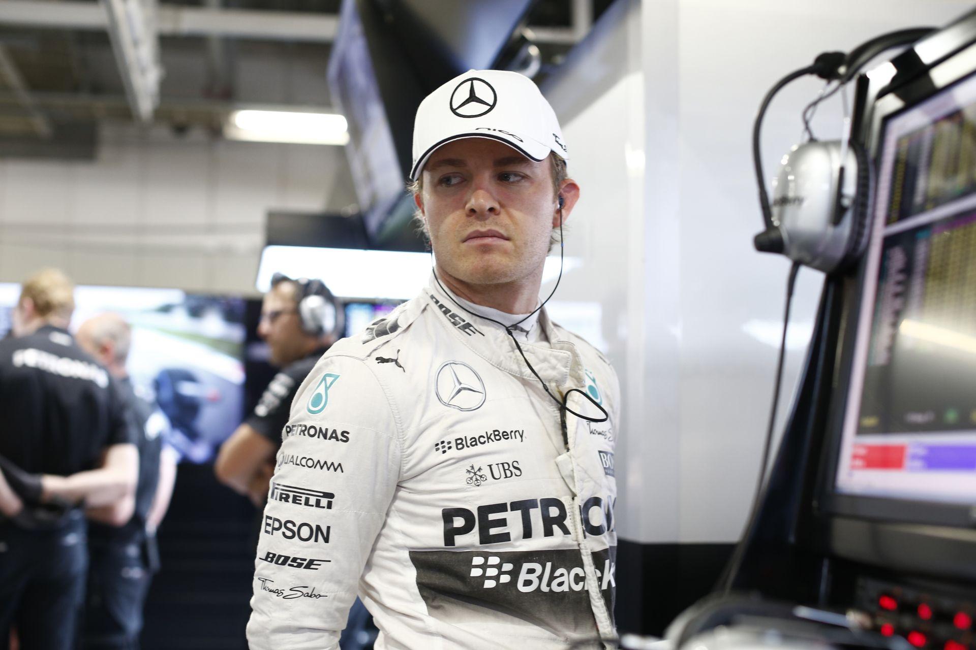 A Ferrari szándékosan nem erőltette meg magát: Rosberg nyerte a harmadik edzést Japánban Hamilton és Ricciardo előtt!